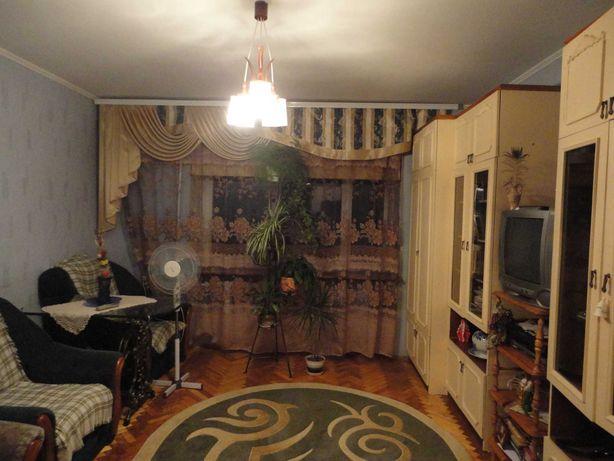 Продаж 4- кімнатноі  квартири