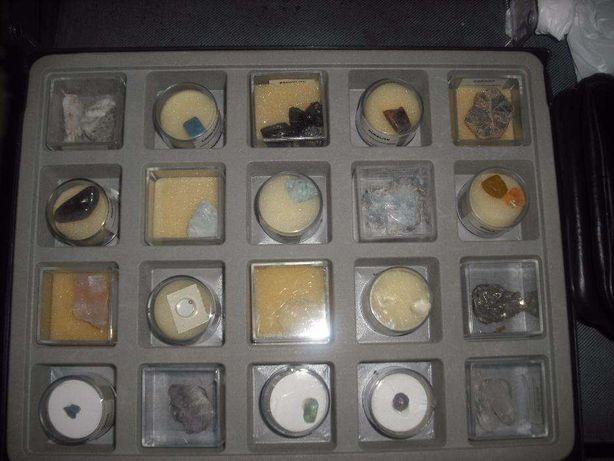 Caixa de coleção de pedras