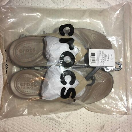 Chinelo da marca Crocs novo