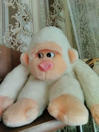 Мягкие игрушки мишка, обезьянка, щенячий патруль