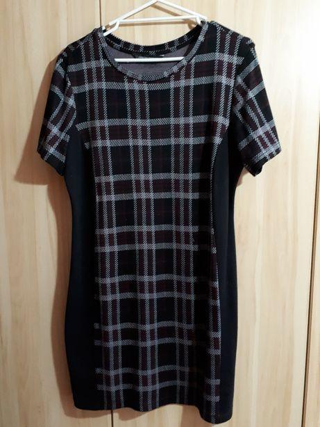 Sukienka w kratkę czarna roz 44 Dorothy Perkins