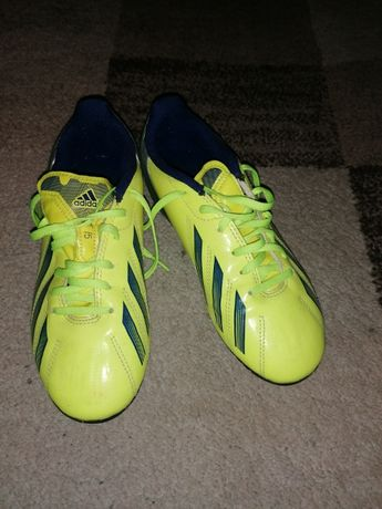 Korki piłkarskie Adidas r.33.5