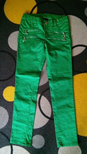 Nowe spodnie dziewczęce firmy KappAhl roz.140