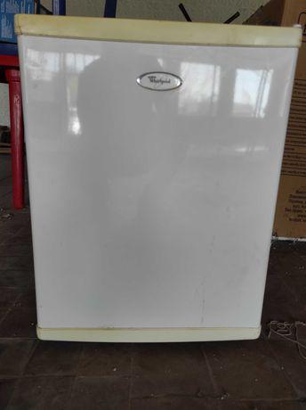 Холодильник Whirlpool ARG 104/1 118л