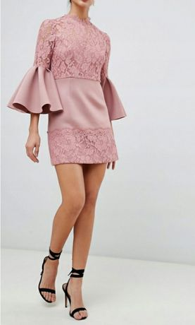 Koronkowa sukienka r.M