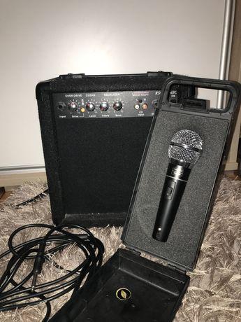 Mikrofon AZUSA razem ze wzmacniaczem VOICE KRAFT