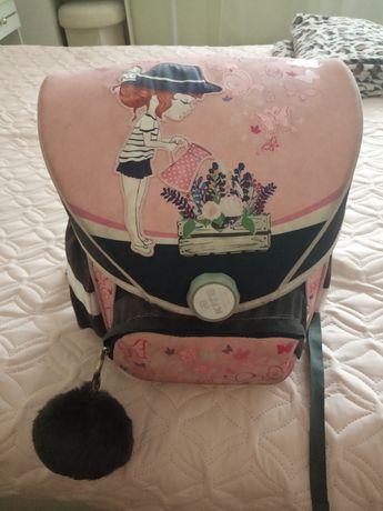 Продам рюкзак для девочки KITE