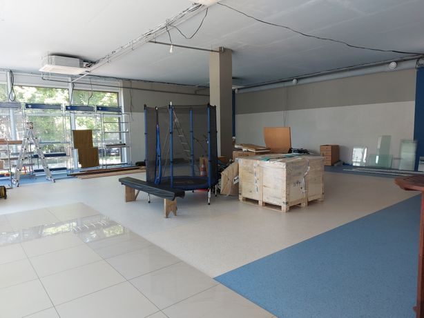 Фасадное помещение 1-й этаж 160 кв.м под магазин/шоурум Грушевского