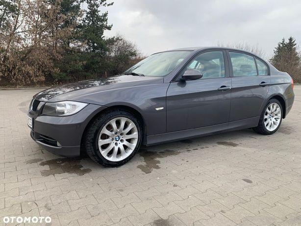 BMW Seria 3 Zadbane BMW e90 / 320i, automat