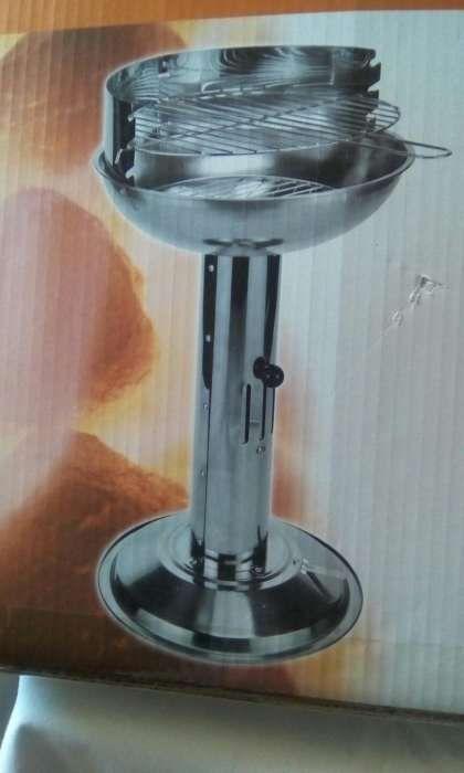 """Grelhador """"Pedestal Barbecue Grill"""" Santiago Maior - imagem 1"""