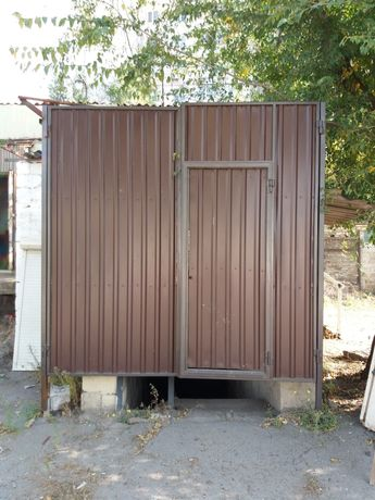 Ворота  въездные  для дома дачи