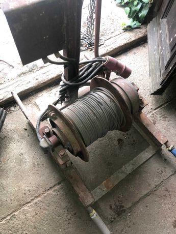 Wciągarka elektryczna do 250kg (siła)