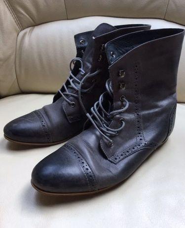 Włoskie buty skórzane rozmiar 40 wkladka 26 cm