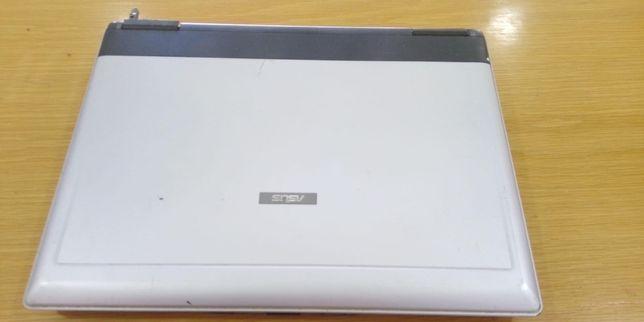 Portátil Asus X53Series