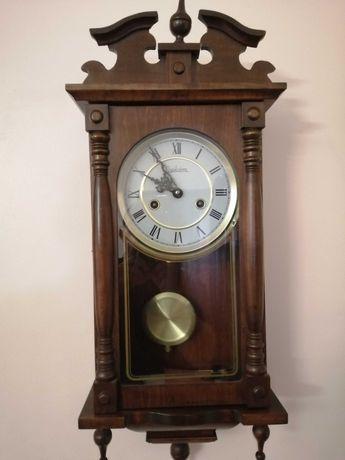 Relógio de Parede Antigo (Reguladora)