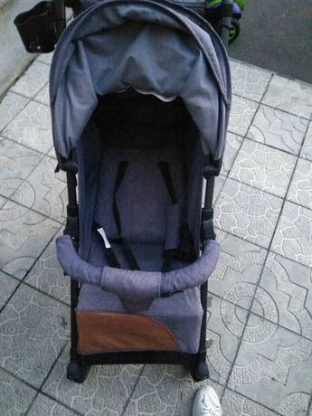 Прогулочная коляска в хорошем состоянии Babyhit Rainbow.