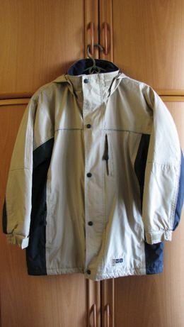 Куртка осень-весна как The North Face.