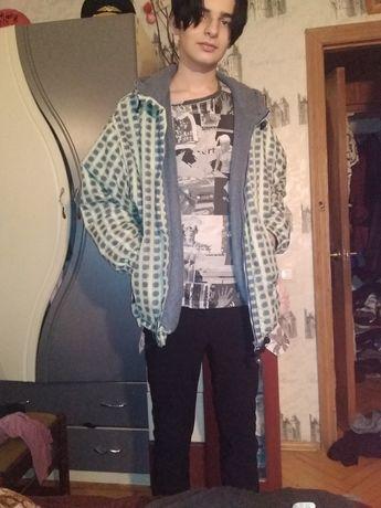 Продам  бомбер , курточку на мужчину мальчика демисезонная