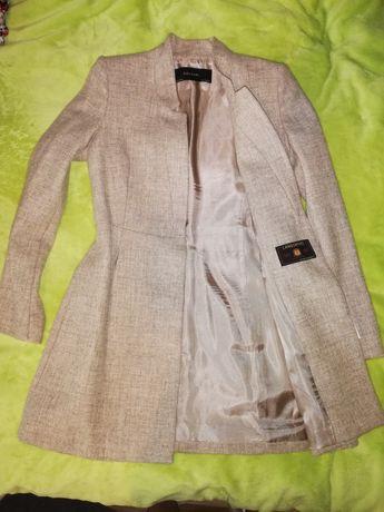 Płaszcz Zara XS z metką