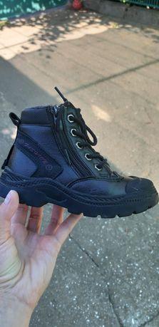 Ботинки деми 26 размер