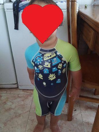 Fato de criança para piscina