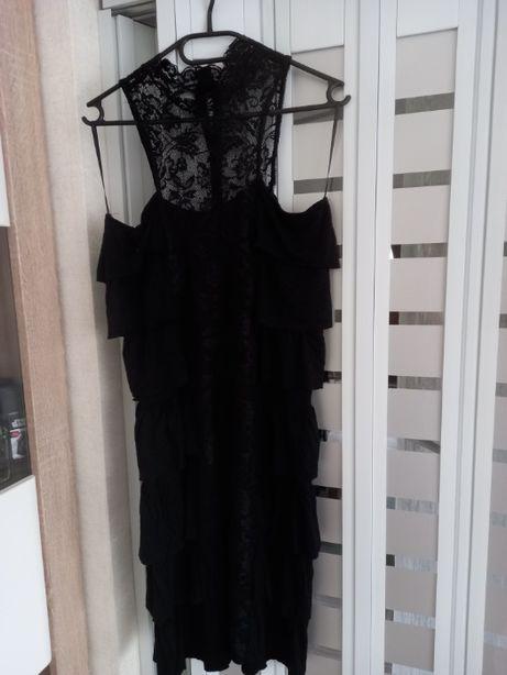Sukienka z falbankami czarna Zara