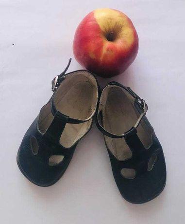 Кожаные сандалии/закрытые босоножки chicco