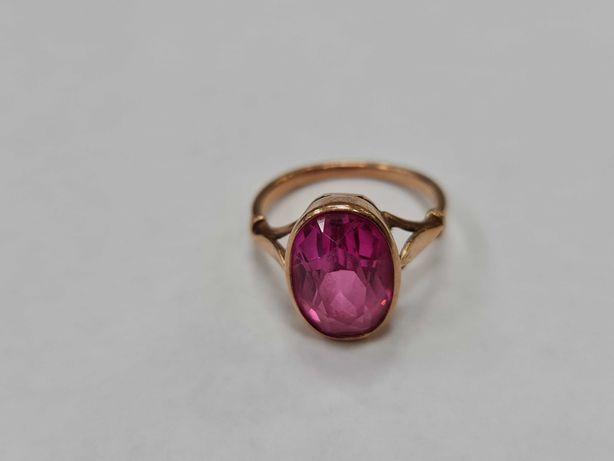 Piękny złoty pierścionek/ Radzieckie 583/ 4.29 gram/ R14