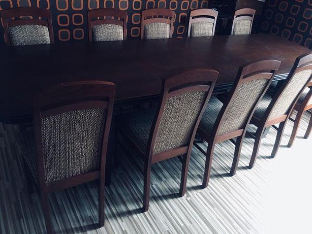 Stół + 12 krzeseł i witryna