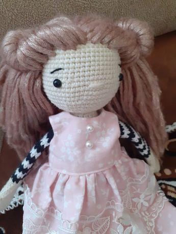 Лялька ручної роботи.