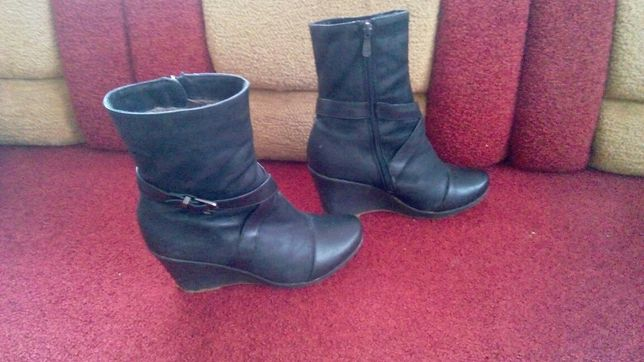 Черевички ботинки