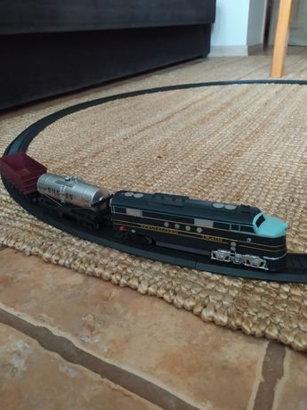 Pociąg na baterie