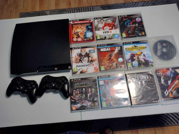 Sprzedam PS 3 + 2 pady