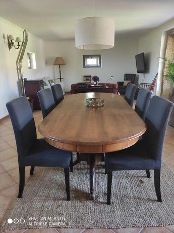 6 cadeiras e mesa de jantar