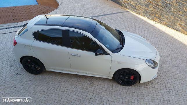 Alfa Romeo Giulietta 2.0 JTDm Distinctive