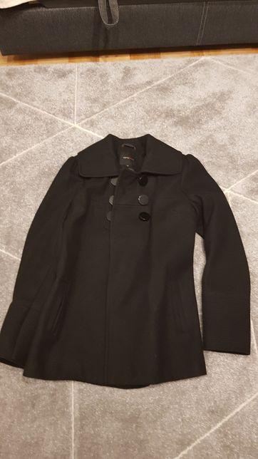 Płaszcz Carry czarny rozmiar M 36.