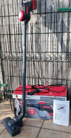 Odkurzacz ręczny cyklonowy Cleanmaxx 1800 filtr HEPA 600W kabel 5 metr