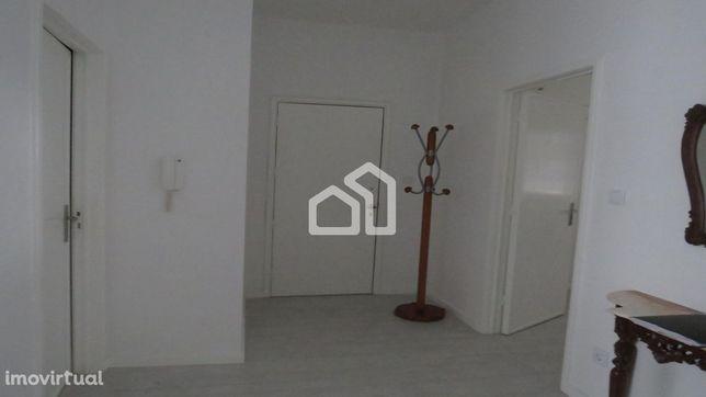 Apartamento T4 centro Espinho
