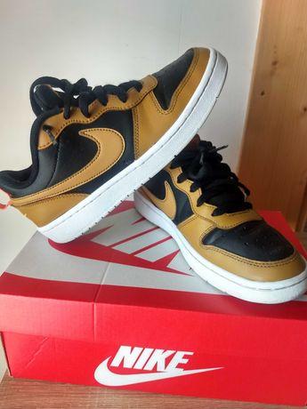 Buty Nike Court Borough Low 2 38