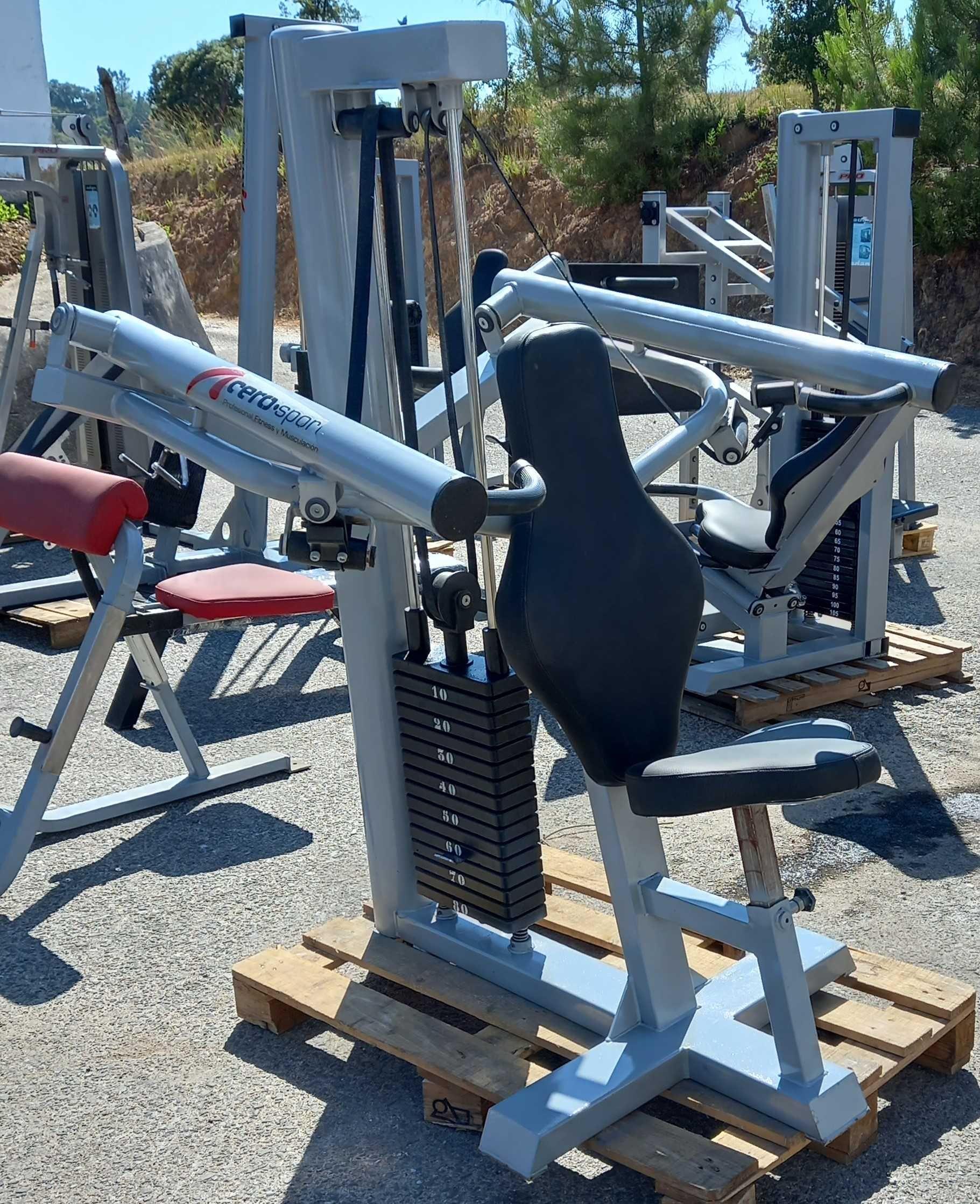 GYMAQ-Lote de máquinas de musculação