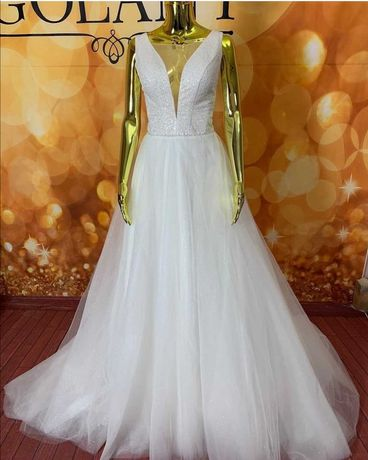 Свадебное платье СРОЧНО 3500 БЕЗ ТОРГА