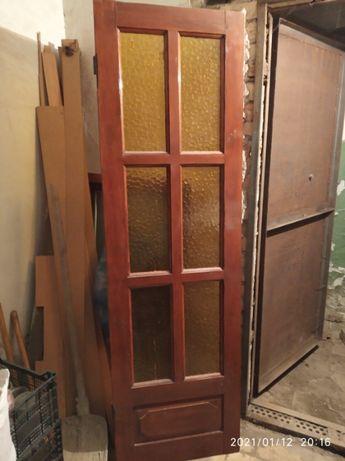 Двери деревянные, межкомнатные.
