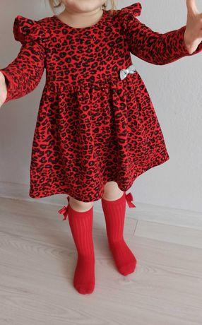 Czerwona sukienka dziewczęca 92