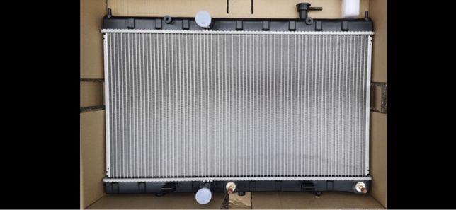 Nissan Roque/ X-trail t32 радиатор воды кондиционер диффузор