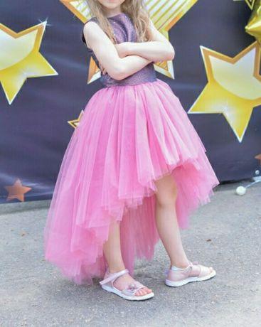 Нарядное платье для принцессы на выпускной в детский сад