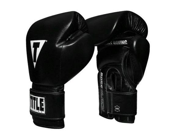 Боксерские перчатки TITLE Boss Black Leather Bag Gloves 2.0 12OZ