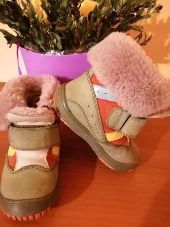 Зимові ботинки фірми КОТОФЕЙ розмір 23