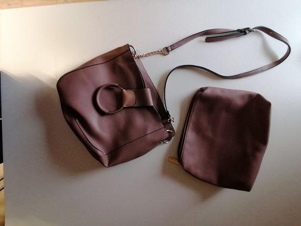 Skórzana torebka - różowa - shopper - z kosmetyczką