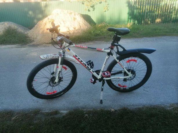 """Продам велосипед TITAN 26"""" білого кольору"""