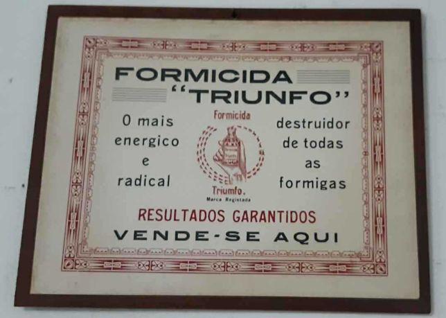 """PUBLICIDADE ANTIGA! Formicida """"TRIUNFO"""" (32,5 x 24,8 cm, s/ madeira"""
